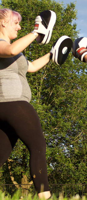 sinead-omeara-fitness-torquay-pad-work
